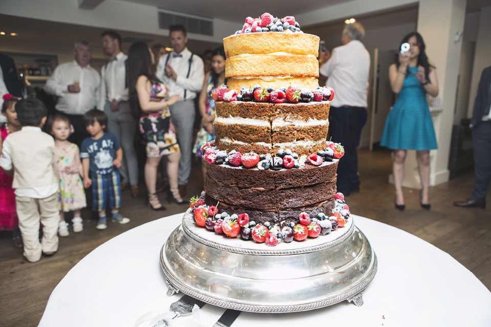 Naked_Wedding_Cake_Stoke_Place